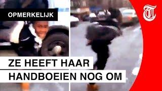 Meisje denkt yolo en vlucht uit politieauto