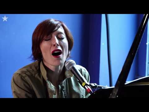 Star Sessions with Julia Othmer -->