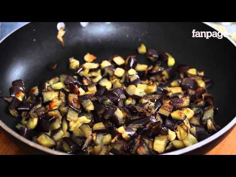 Timballo di Melanzane, la ricetta per un primo piatto succulento