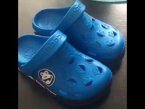 Video v článku Recenze: Coqui chlapecké sandály Froggy