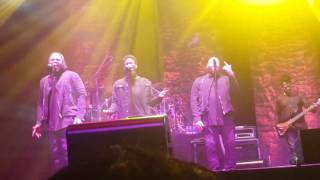 Anthony Hamilton and the Hamiltones @ The Venue in Indiana singing Float.