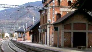 preview picture of video 'Ribes de Freser, Rodalies R3 i Cremallera Núria -  octubre 2010'