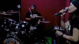 CINTA DI KOTA TUA - Niki Astria (live Cover By Semapoer'94)