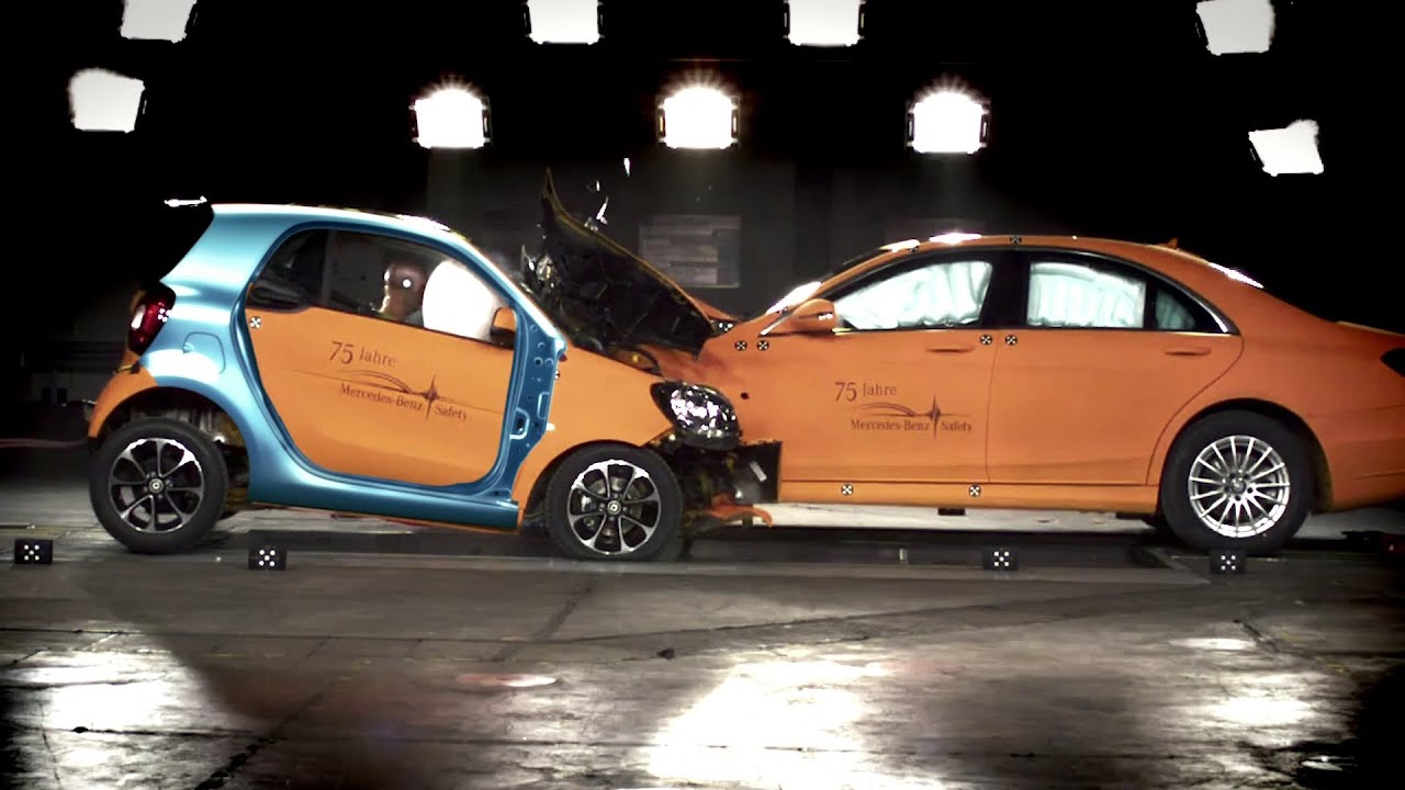 Smart's New ForTwo Can Survive A Head-On Crash With A Car More Than Twice Its Weight