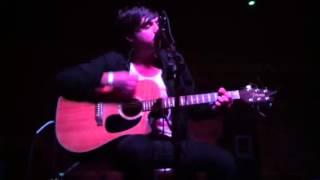Runaway (Acoustic) - Artist Vs Poet