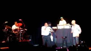 Common - Freestyle w/ Q-Tip & KRS @ Nokia Theater NY