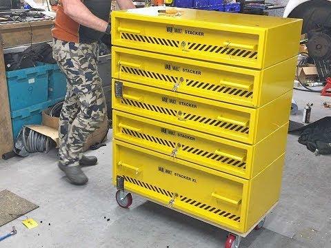 DIY Workshop Roller Cabinet