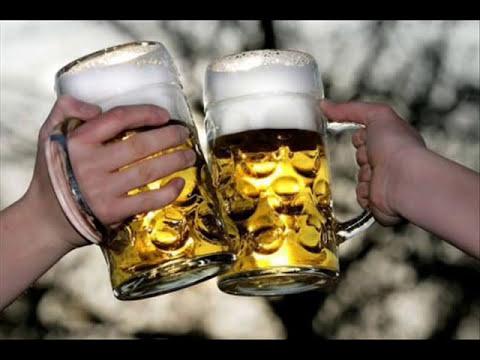 Der Mensch hat geworfen, zu trinken es geht die Alkoholepilepsie
