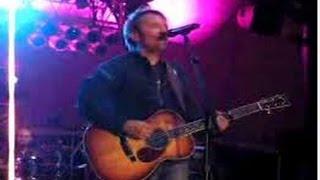 Chris Tomlin - Everlasting God (LYRICS)