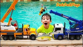 BEST Pretend Play Crane Fishing 2019 - JackJackPlays