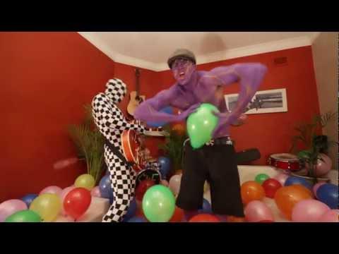 The SideTracked Fiasco   547