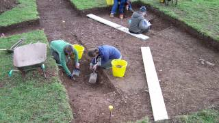 preview picture of video 'Calstock Roman Fort Dig 2011'