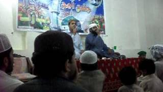 preview picture of video 'ali ali kar momen SINDHI NAAT BY GROUP SHER M AND TAJ M IN QURESHI GOTH.AVI'