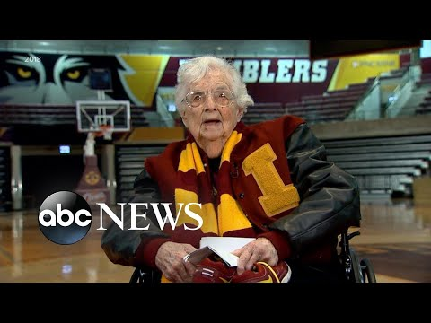 Sister Jean vaccinated, cleared to attend NCAA tournament | WNT