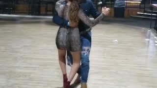 Bailando Texano 🇲🇽🇱🇷