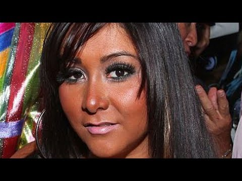 , title : 'What The Jersey Shore Cast Looks Like Today'