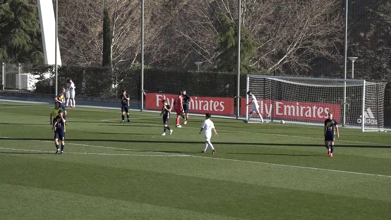 נוער - ריאל מדריד מנצחת את אקדמיית פושקאש