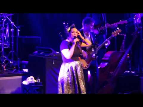 Caro Emerald -  The Wonderful In You (Heerlen, 14-11-2014)