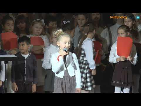 Wspólne śpiewanie polskich pieśni patriotycznych w OCK 2019