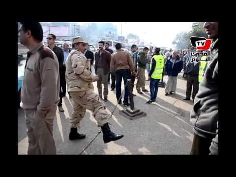 زغاريد أثناء تفقد الجيش تأمين لجان الاستفتاء بالمنصورة