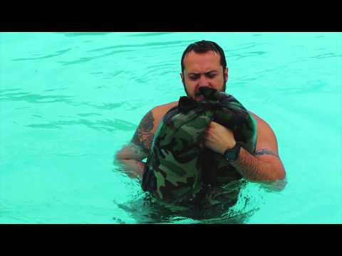 Use Your Pants As An Improvised Flotation Device In Survival Situations