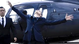 Moriarty - Coming out of helicopter