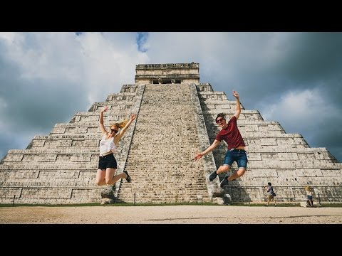 Exploring The MAYAN RUINS OF CHICHEN ITZA! (Mexico Vlog Day 6)