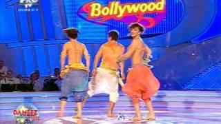 Bollywood - Cheeky Girls si Darius