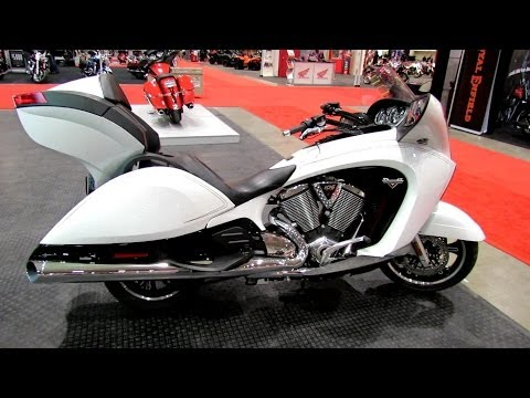 2014 Victory Vision Tour Walkaround - 2014 Toronto Motorcyle Show