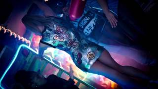 Fergie   L.A. LOVE la la ft  Y.G. Official Music Video