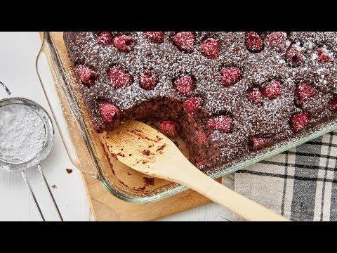 Chocolate Raspberry Cake-Mix Baked Oatmeal | Betty Crocker Recipe