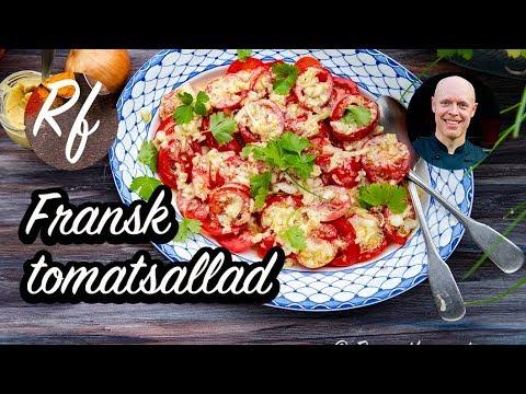 Gillar du fransk Dijonsenap? Här är min variant på fransk tomatsallad med en senapsvinägrett eller dressing av olivolja, mild lagrad äppelcidervinäger, Dijonsenap, gul lök, salt, svartpeppar samt lite touch av vitlök.>