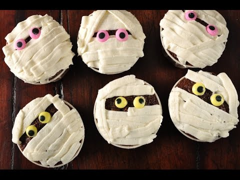 Mummy Cupcakes Recipe Demonstration - Joyofbaking.com