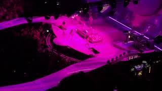 Ariana Grande 2019 03 20 TD Garden Boston Ma 2