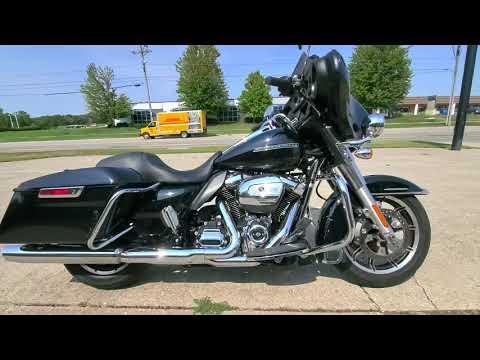 2018 Harley-Davidson ELECTRA GLIDE STANDARD POLICE in Ames, Iowa - Video 1