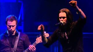 Gambar cover Alter Bridge - In Loving Memory Live (with lyrics) HD