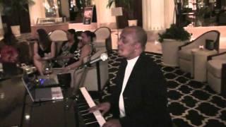 SHIZZIO USA SAGAS – Las Vegas piano lessons at the TRUMP May 2010