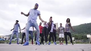 "Chronixx   ""Likes"" Starring Ravers Clavers (Dance Video)"