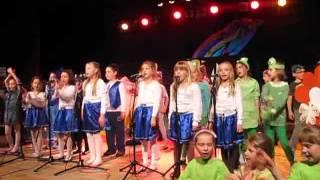 preview picture of video 'Ziemia zielona wyspa  Dzień Ziemi - PSP 3 Grodków'