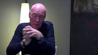 Jean-Claude Biver espère «une ou deux révolutions dans la montre mécanique» Video Preview Image