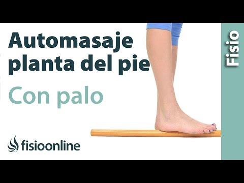 Automasaje de la planta del pie con palo de madera - Relajar los pies