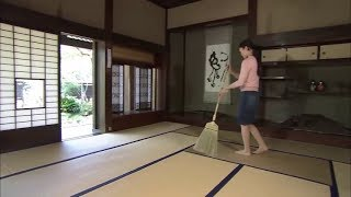 A Cleaning Tool has The Effect of Making the Tatami Mats Shine and Prolonging the Life of Tatami.