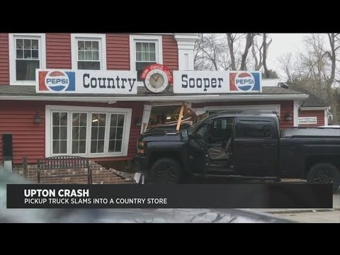 Truck Crashes Into Upton Country Store