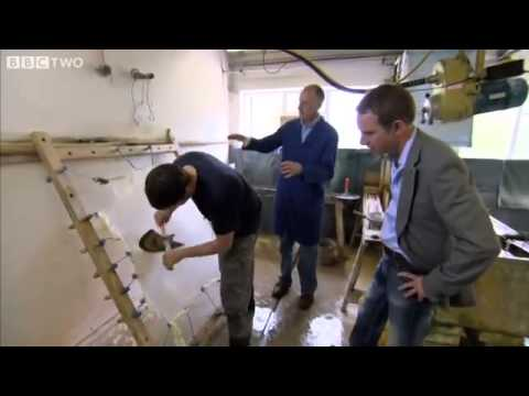 Pergament: How parchment is made BBC