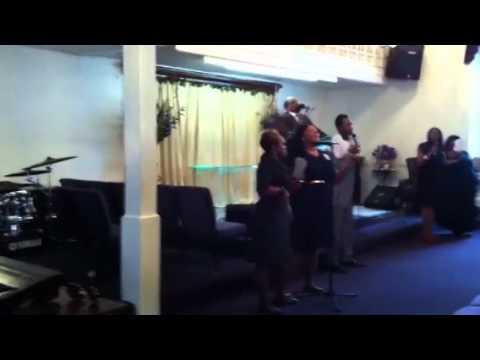 Praise n Worship snippet with Bishop Bruce Parham