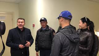 Клиенты Астана Банк ворвались в здание банка