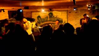 Video Alanis Morissette Revival Brno - YOU OUGHTA KNOW