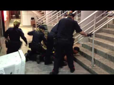 Windsor police Taser man downtown