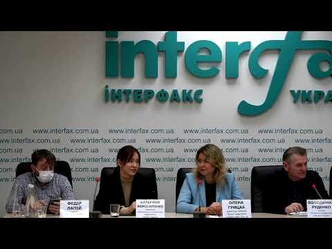 Послугу з вакцинації від грипу можна отримати в приватних клініках України