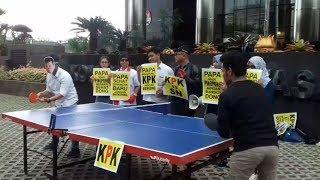 Papa Main Pingpong, KPK Jangan Bengong